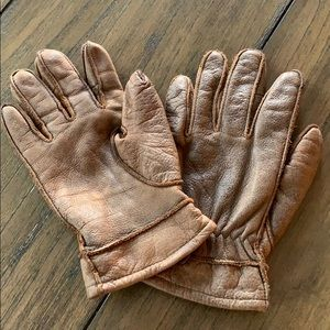 Wilson's Leather Gloves